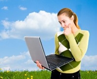 featured-laptop-girl