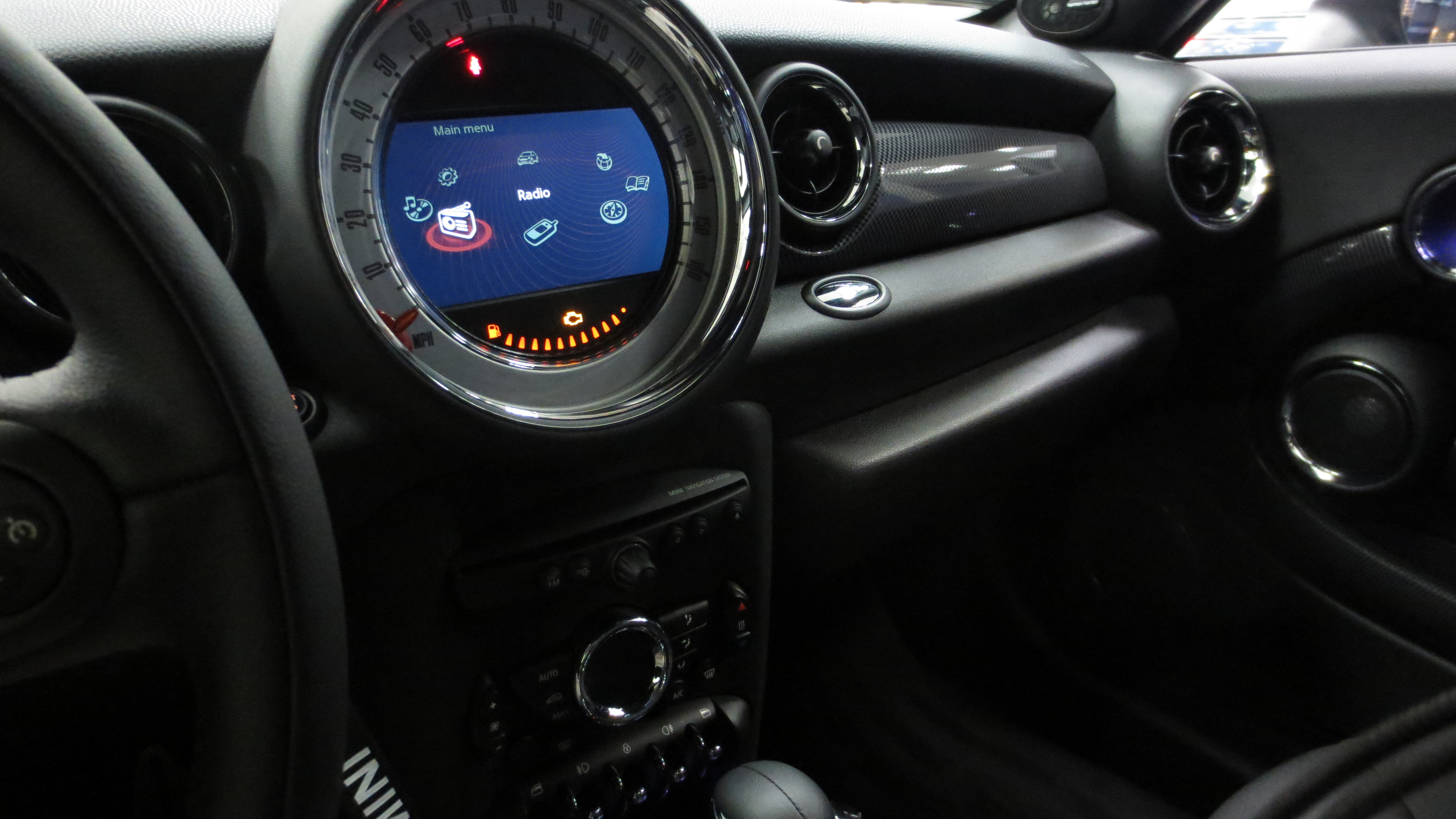 Mini Cooper: Pairing a Bluetooth Phone to Mini Connected
