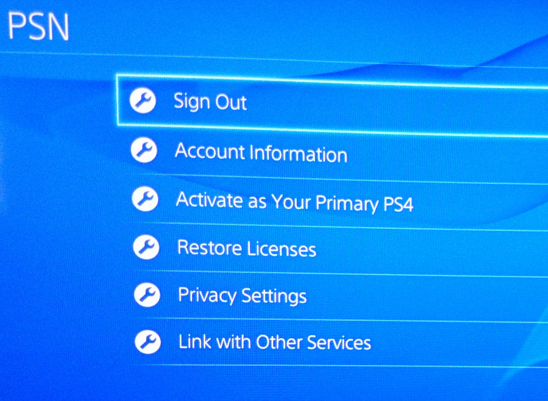 how to use 2 ps4 plus accounts on one console