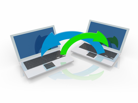 what is the difference between download and magnet link